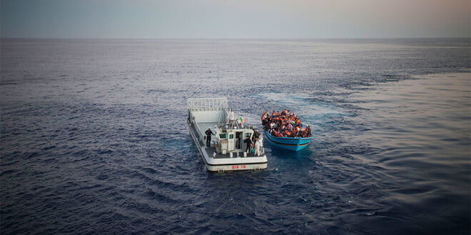 Migrantes irregulares en el Mediterráneo. Foto: ACNUR/A. D'Amato