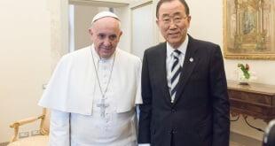 El Secretario General de la ONU se reunió con el Papa Francisco en el Vaticano en abril. Foto de archivo: ONU/Mark Garten