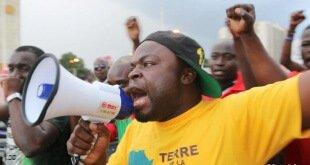 Protesta en Burkina Faso en contra del golpe de Estado.