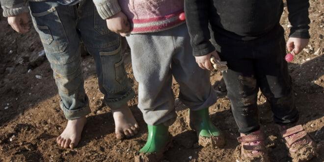 Niños sirios en el campo para desplazados internos de Bab Al Salame, cercano a la frontera con Turquía y dentro de la región de Alepo, una de las más castigas por el conflicto. Foto: UNICEF/UNI156534/Diffidenti