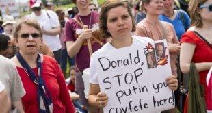 Protestas contra Donald Trump por su salida del pacto climático y sus vínculos con Rusia, el sábado en Washington AFP