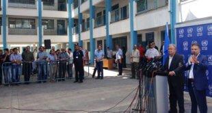 El Secretario General de la ONU durante su visita a la escuela de Beit Lahiya en la Franja de Gaza. Foto: ONU/Dujarric