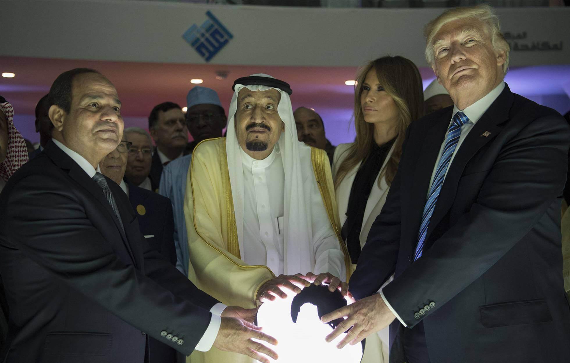 Donald Trump, Salmán bin Abdulaziz y Abdelfatá al Sisi en Riad el año pasado. Anadolu Agency Getty Images
