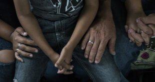 UNICEF/Tanya Bindra Pilar de 15 años sentada junto a su familia en Guatemala después de que su familia escapara de Honduras de las pandillas, que querían obligarla a convertirse en prostituta.