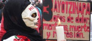 UNIC/Mexico Manifestación en la Ciudad de México sobre el caso de la escuela Normal de Ayotzinapa