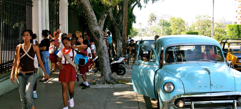 Foto de achivo: Radmilla Suleymanova Salida de la escuela en La Habana, Cuba.
