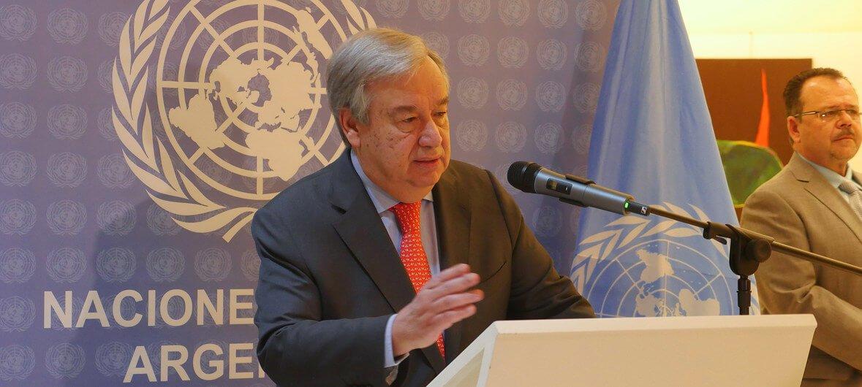 ONU/Natalia Montagna El Secretario General António Guterres se dirige a los medios de comunicación en la reunión del G20 en Buenos Aires, Argentina.